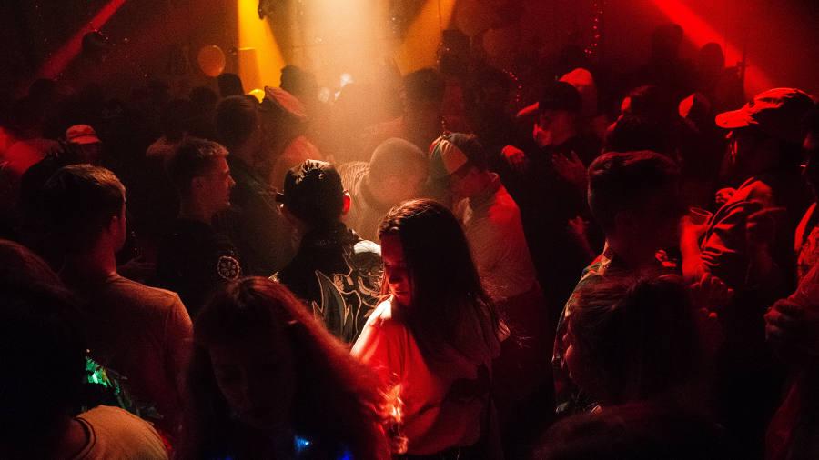 nightclub limo occasion